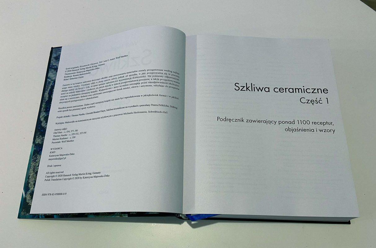 skład podręcznika